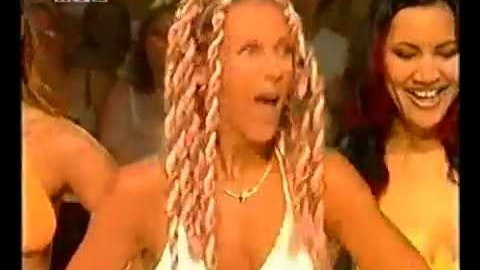 """Top of the Pops - Loona """"Mamboleo"""""""